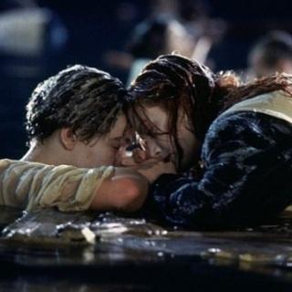 Джеймс Кэмерон положил конец вопросам про дверь из «Титаника»