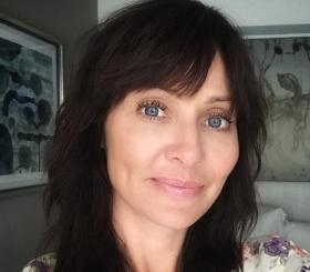 44-летняя певица Натали Имбрулья впервые станет мамой