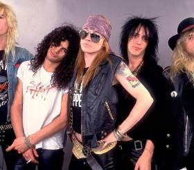 Клип Guns N'Roses набрал миллиард просмотров на YouTube