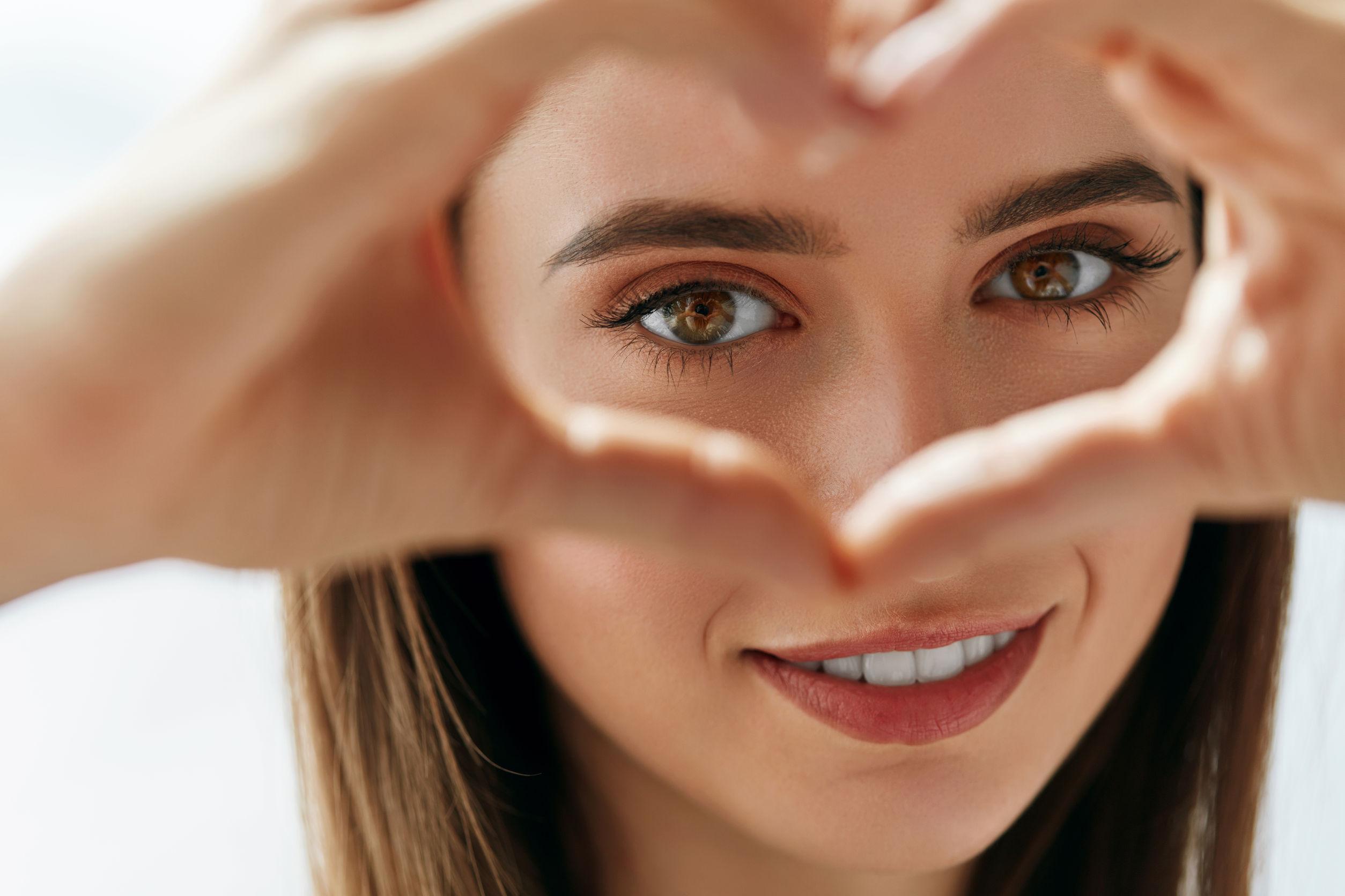 Идеальные брови: 4 полезных совета