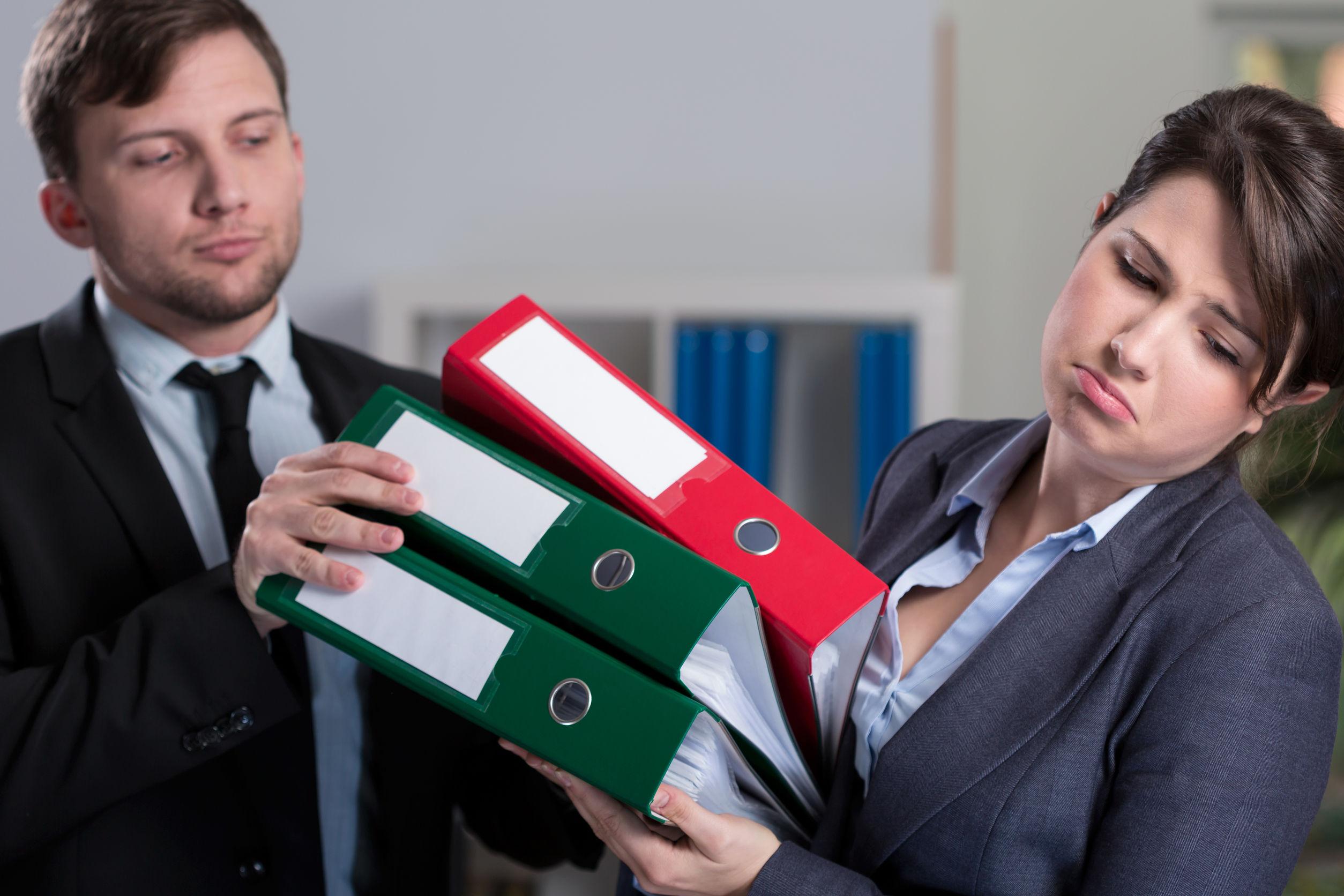 Как понять, что тобой манипулируют на работе и противостоять этому