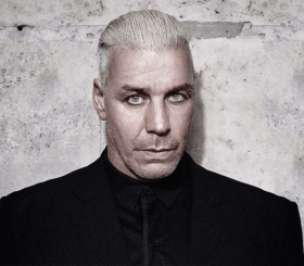 Лидер Rammstein презентовал клип на новую песню, снятый нейросетью