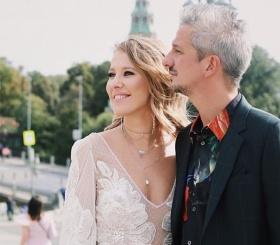 Константин Богомолов нежно поздравил супругу с днем рождения