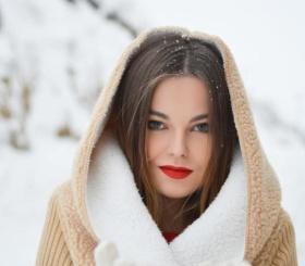 Эксперименты с макияжем на Новый год: что лучше выбрать
