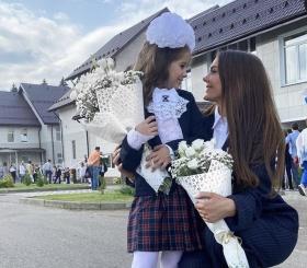 1 сентября — российские звезды отвели детей в школу и вспомнили годы за партой