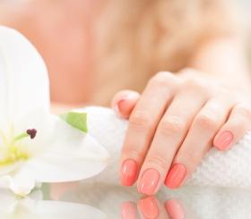 Как можно укрепить ногти?