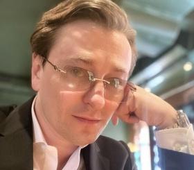 Сергей Безруков станет отцом в пятый раз